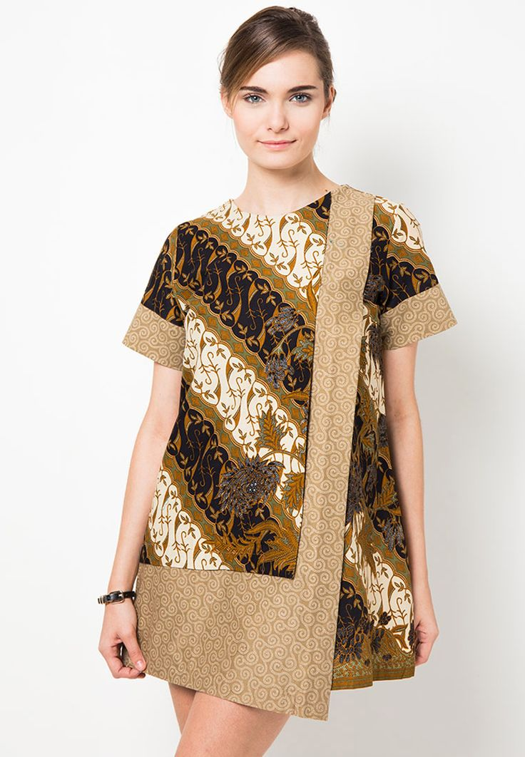 Model Blouse Batik Wanita Muslim yang Lagi Hits