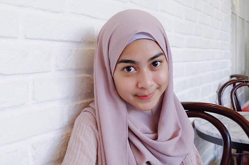 Tebarkan Pesona hijab dengan Royale Soklin