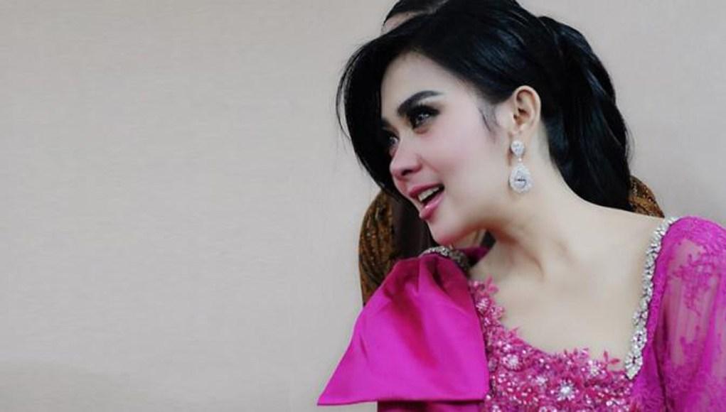 Profil Penyanyi Cetar Membahana, Syahrini